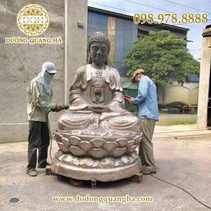 Đúc tượng phật a di đà cao 2m tại xưởng đúc đồng mỹ nghệ Dương Quang Hà