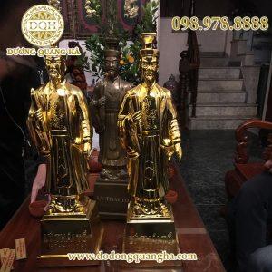 Tượng Lí Thái Tổ mạ vàng