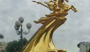 Tượng Thánh Gióng bằng đồng đỏ, đồng mạ vàng 24K thiếp vàng 9999