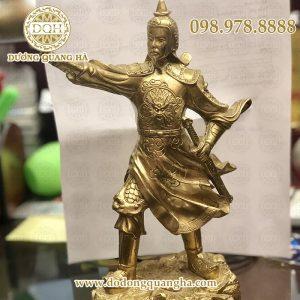 Tượng Trần Hưng Đạo đồng vàng cao 25cm